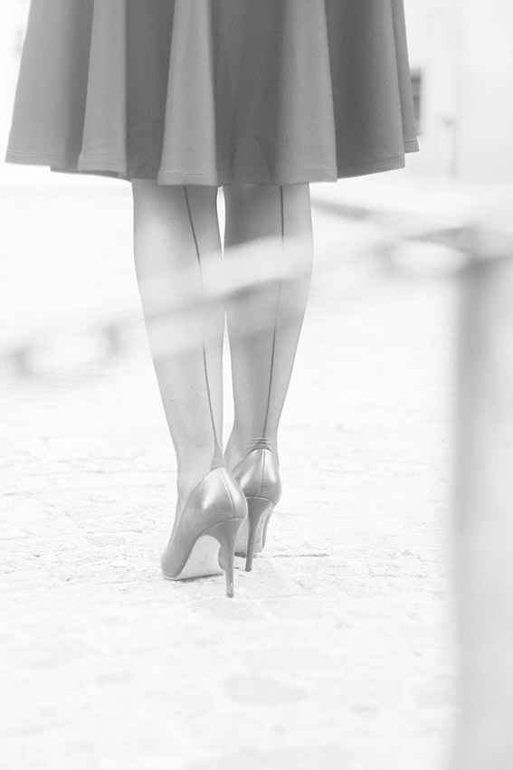 Talons aiguille style retro, collants couture. Blog mode Dollyjessy