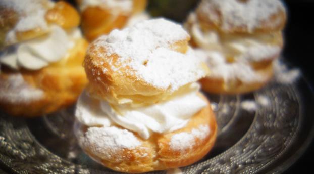 Dollyjessy blog: petits choux à la crème Chantilly: légers et aériens