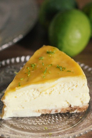 Vrai Cheesecake New yorkais, citron vert, philadephia (cream cheese), lemon curd par Dollyjessy