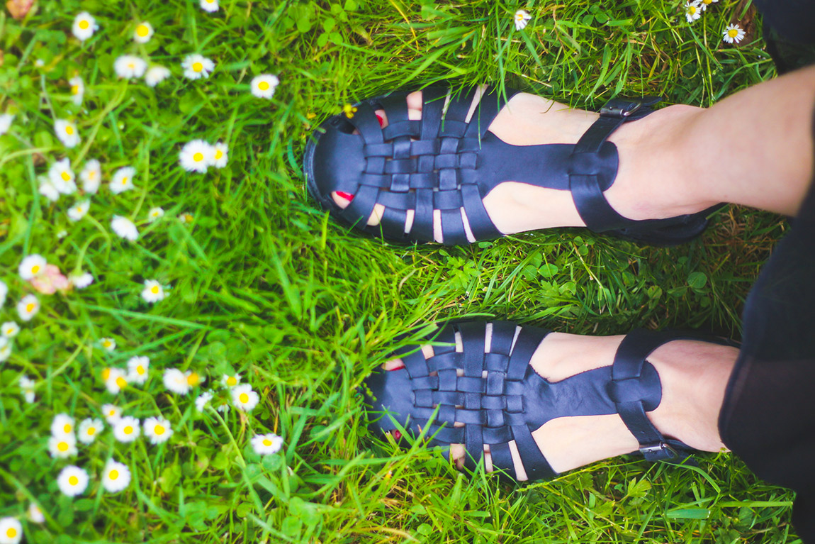 Chaussures Jonak, méduses, sandalettes noires - Blog Dollyjessy Mode Lifestyle