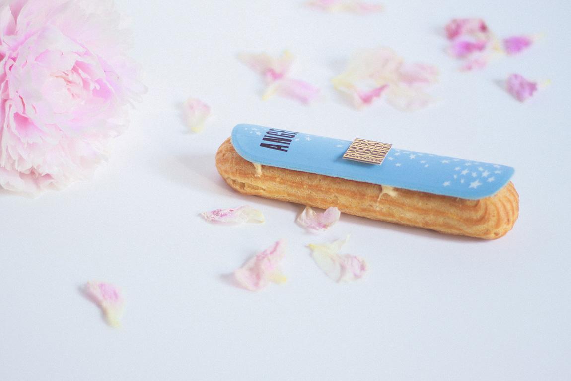 Eclair Angel Thierry Mugler réalisé par Fauchon: crème pâtissière vanille praliné
