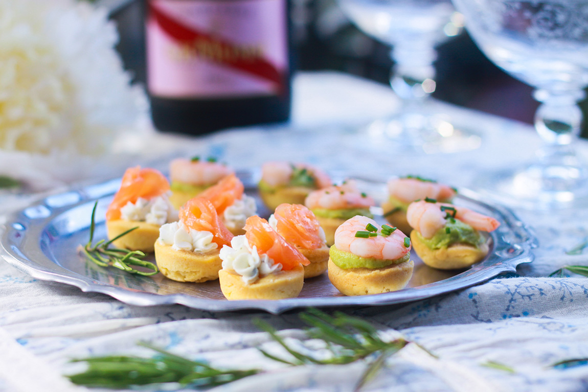 Bouchees Aperitives Saumon Fromage Ou Crevette Avocat