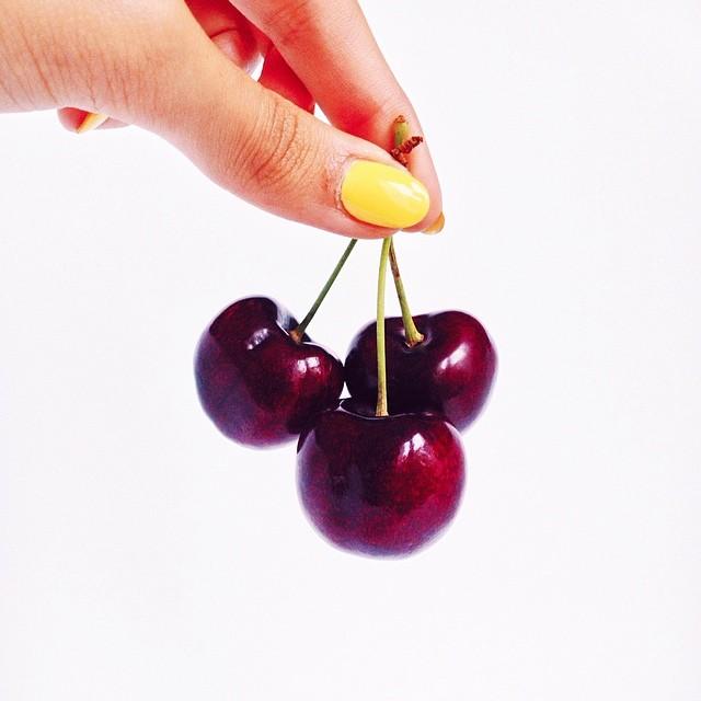 Grosses cerises parfaites, bien rouges: instagram blog mode lifestyle Dollyjessy