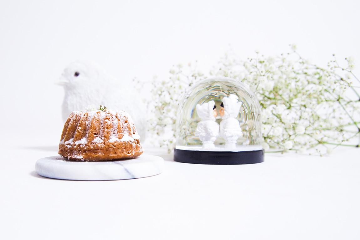 Gâteau moelleux aux marrons, moelleux à la crème de marrons, petits bundtcakes moelleux et caramélisés sur le dessus - Recette Dollyjessy partenariat Bensimon décoration et design Home autour du monde Boule à neige esquimaux