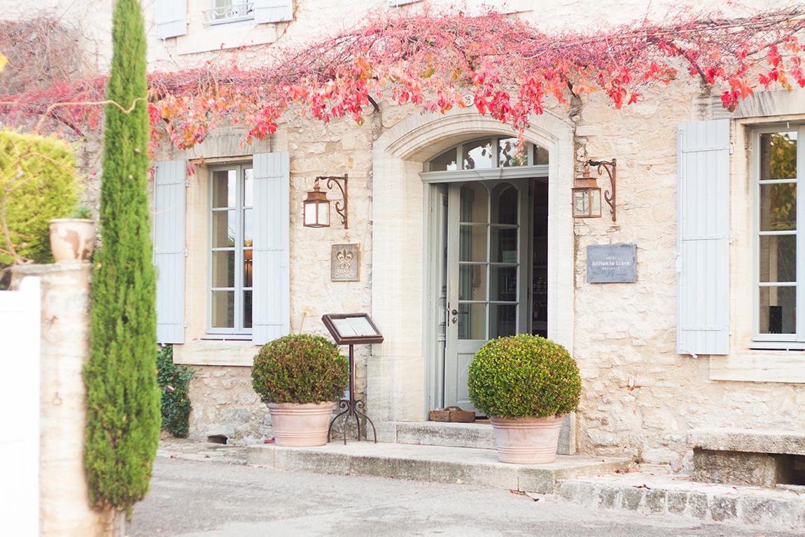 Relais château hôtel Crillon le Brave en provence dans le sud de la france. Week-end luxe et détente. Blog lifestyle voyage mode