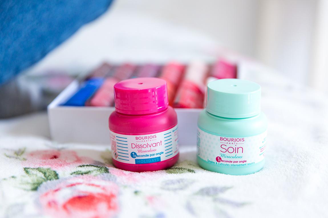 Vernis Laques de Bourjois toutes les couleurs coffret, dissolvant minute mousse - blog lifestyle dollyjessy
