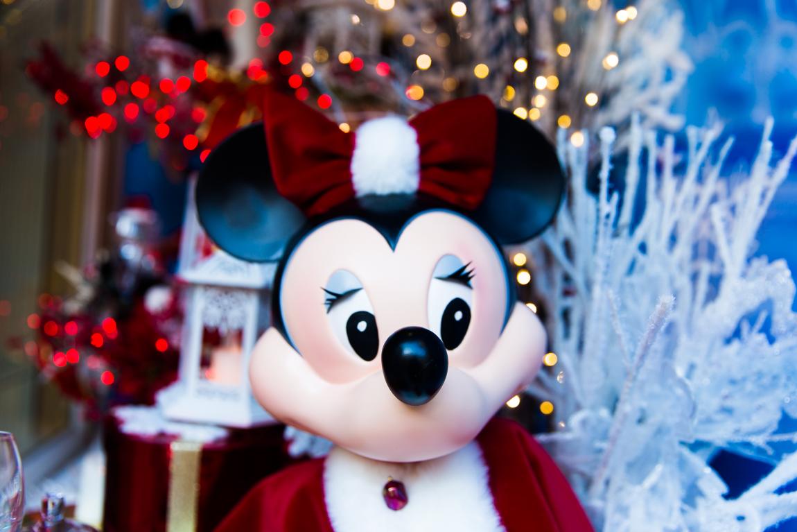 Noël à Disney Land Paris Minnie décorations de Noël  blog paris lifestyle