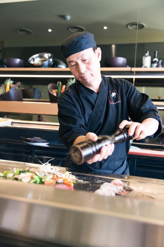 restaurant japonais exceptionnel Miyako Lausanne Suisse Beau rivage Palace - très bons sushis et plats japonais - blog voyage gastronomie ) belles photos de blogueurs Paris