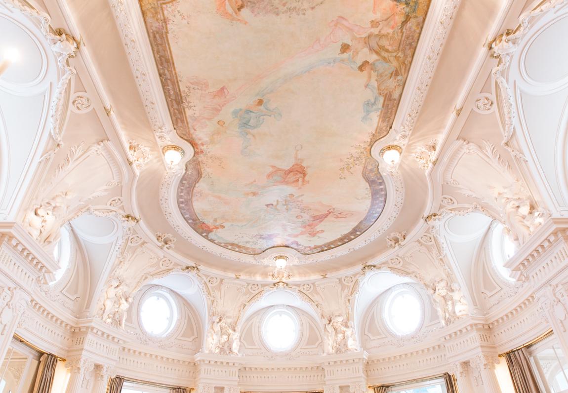 Hôtel Beau Rivage Palace salle de réception belle et la bête - Suisse Lausanne - blog voyage france paris