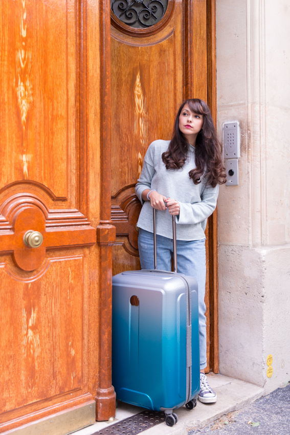 Blogueuse mode Paris Dollyjessy - Valise Delsey collaboration partenariat shooting photographies professionnelles