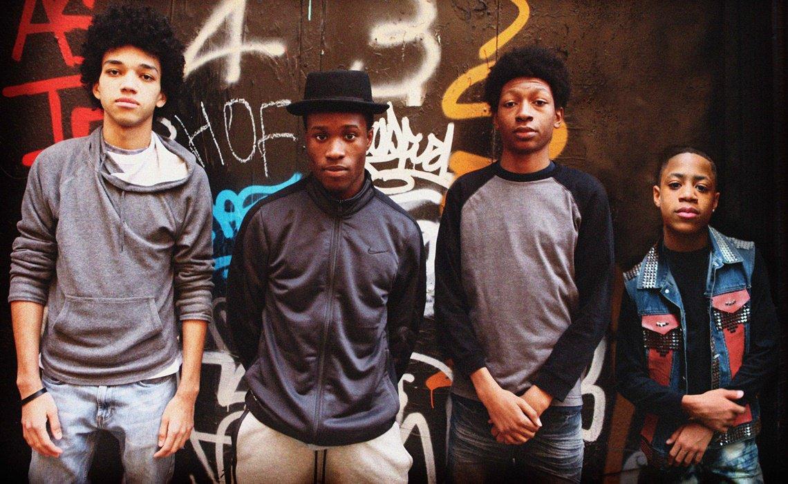 Idées de séries à regarder cet été pause des séries - Série Netflix The Get Down HIP HOP Rap MC Grand Master Flash - blog lifestyle séries cinéma dollyjessy