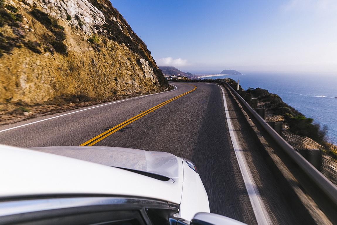 On prend la route direction descente de la big sur couple de blogueurs voyage français à Los Angeles Californie