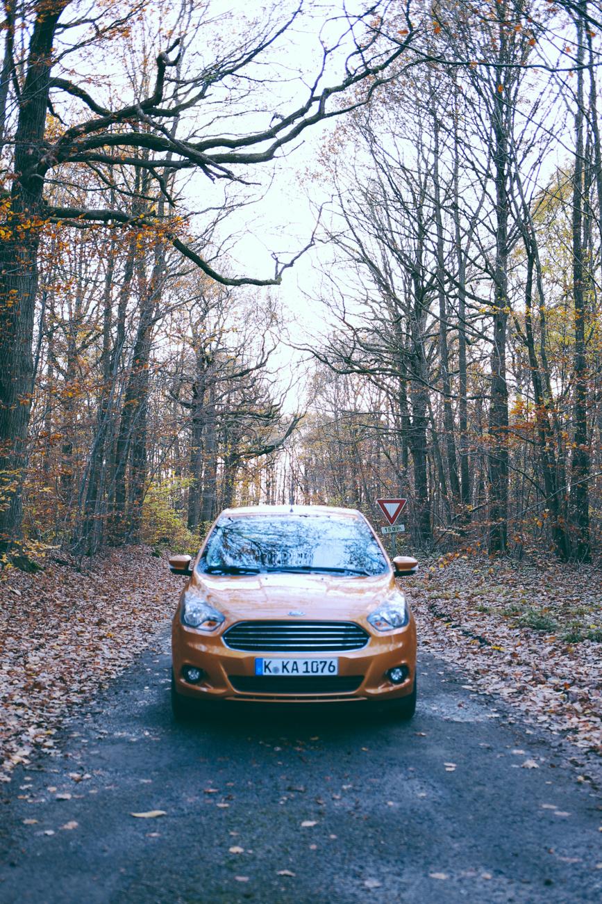 Voiture compacte citadine Ford KA + Test automobile blog Paris blogueuse lifestyle