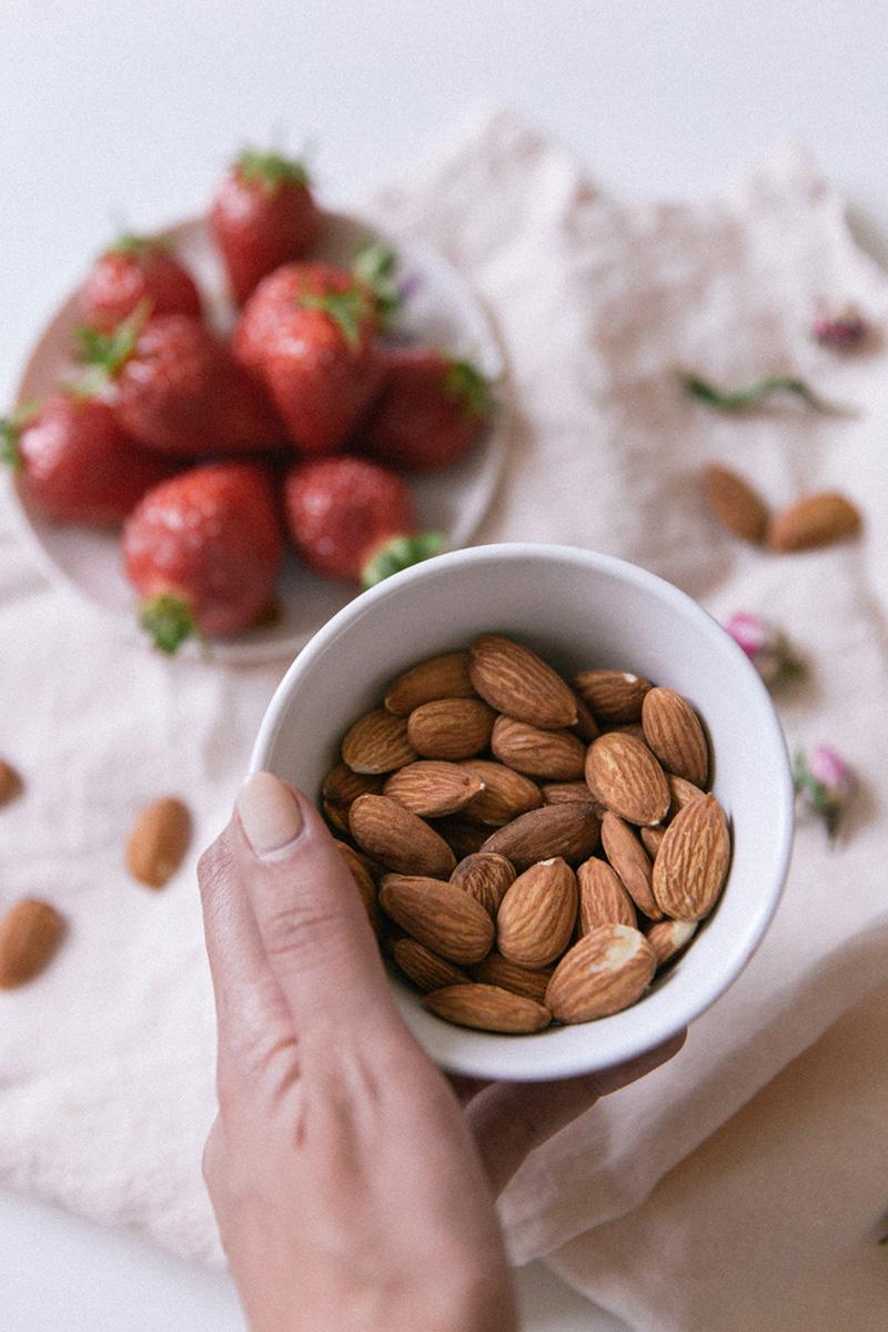 Les bienfaits des amandes nutrition protéines végétales alimentation équilibrée végétarienne vegan - Collectif des amandes de Californie - blog lifestyle cuisine mode Paris dollyjessy