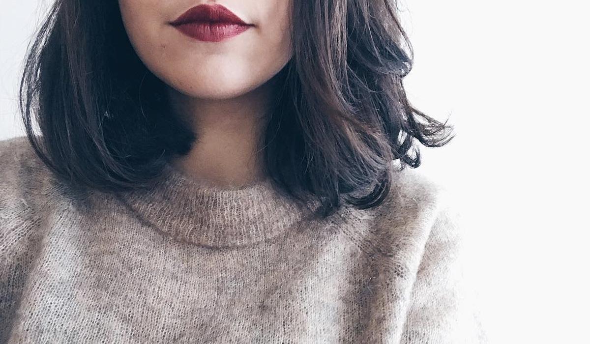 Passer des cheveux très longs au carré court - long hair to bob hair blog beauté cheveux paris - témoignages avis changer de coupe de cheveux brune au carré court