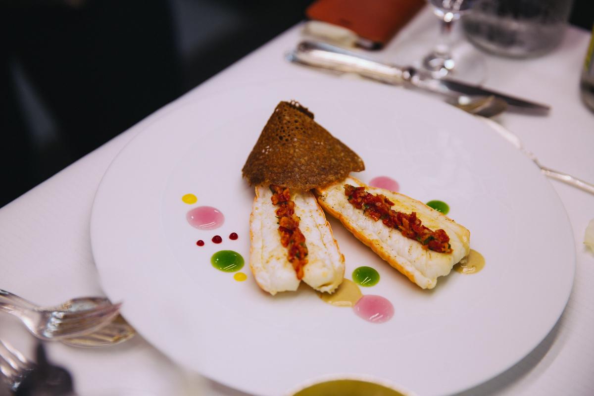 Crayon Coulis Darégal Picard - Restaurant le Cinq Georges Cinq Christian Le Squer coulisses cuisine plats signature - blog cuisine gastronomie tourisme luxe dollyjessy paris