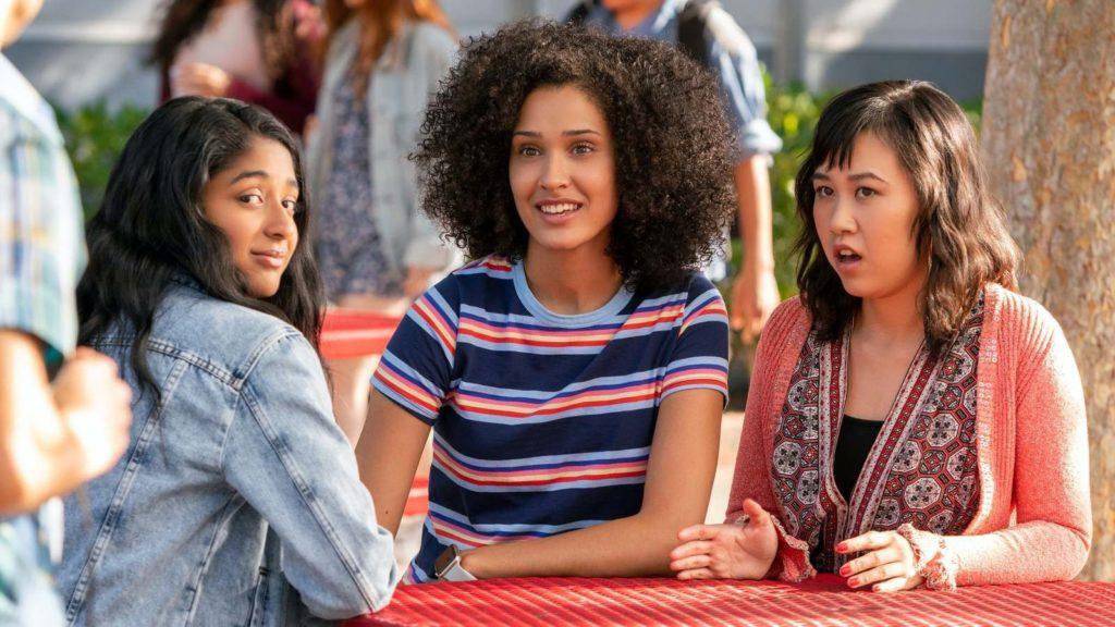 Never have I ever, série adolescents diversité mixité, Mindy Kalling sélection des meilleures séries Netflix blog critique séries cinéma culture quelle série regarder en 2020 ?